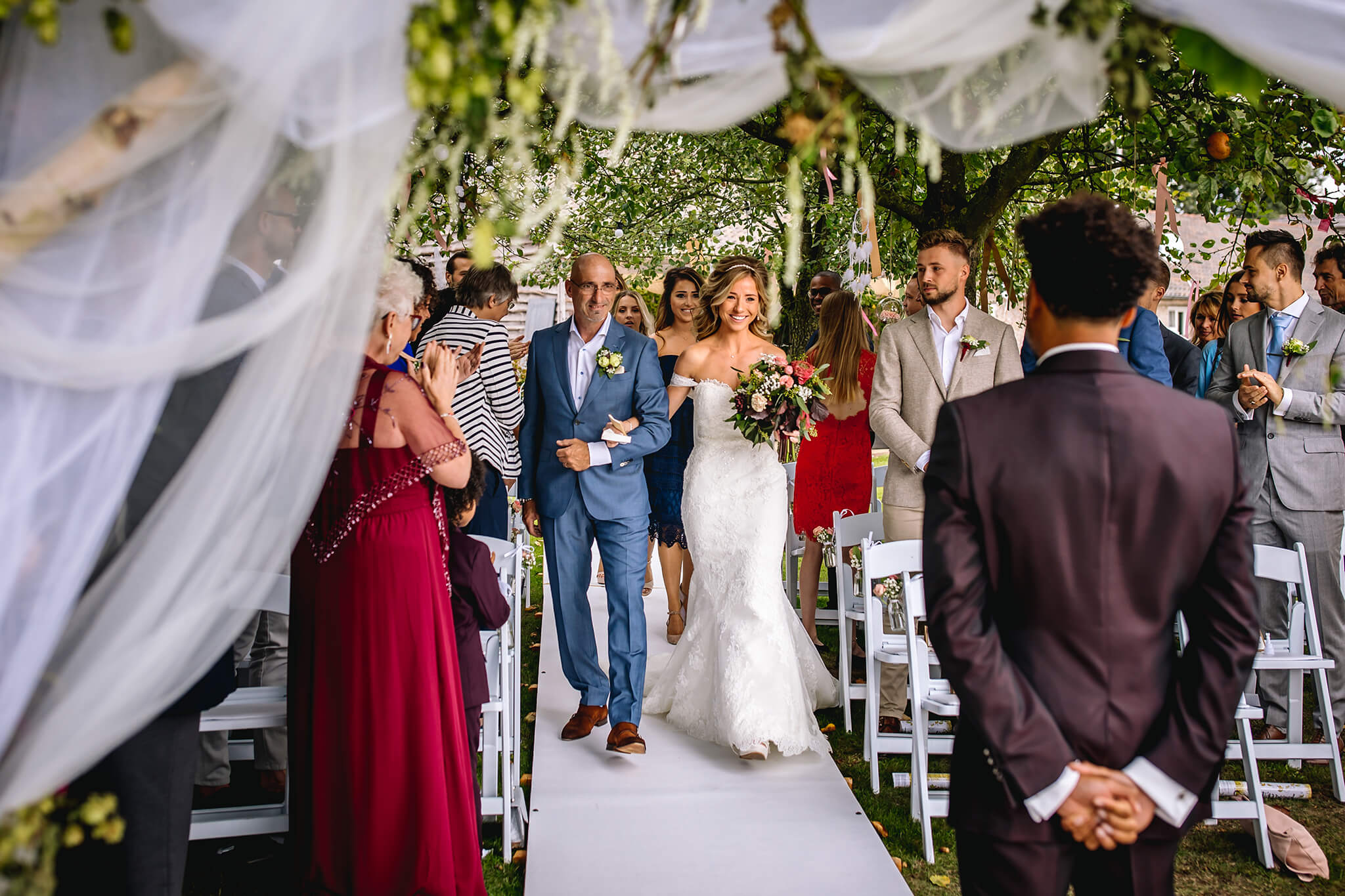 The Wedding Story, Kleurrijke foto's vol emotie